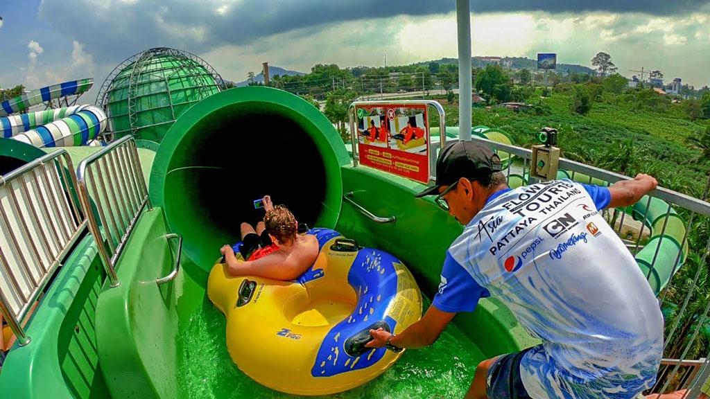 rainfall rainiccorn pattaya cartoon network chonburi waterpark