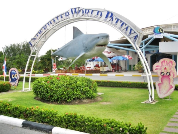 underwater world pattaya pattaya rental vill klang