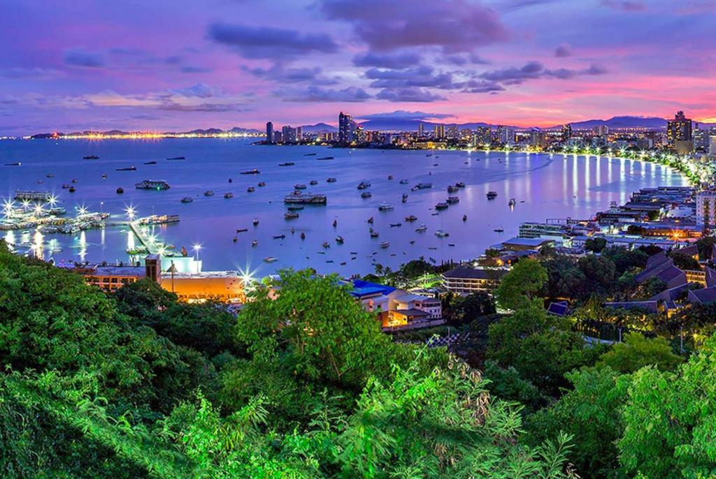 How Relax Pattaya Plan Wonderful Vacation pattaya beach