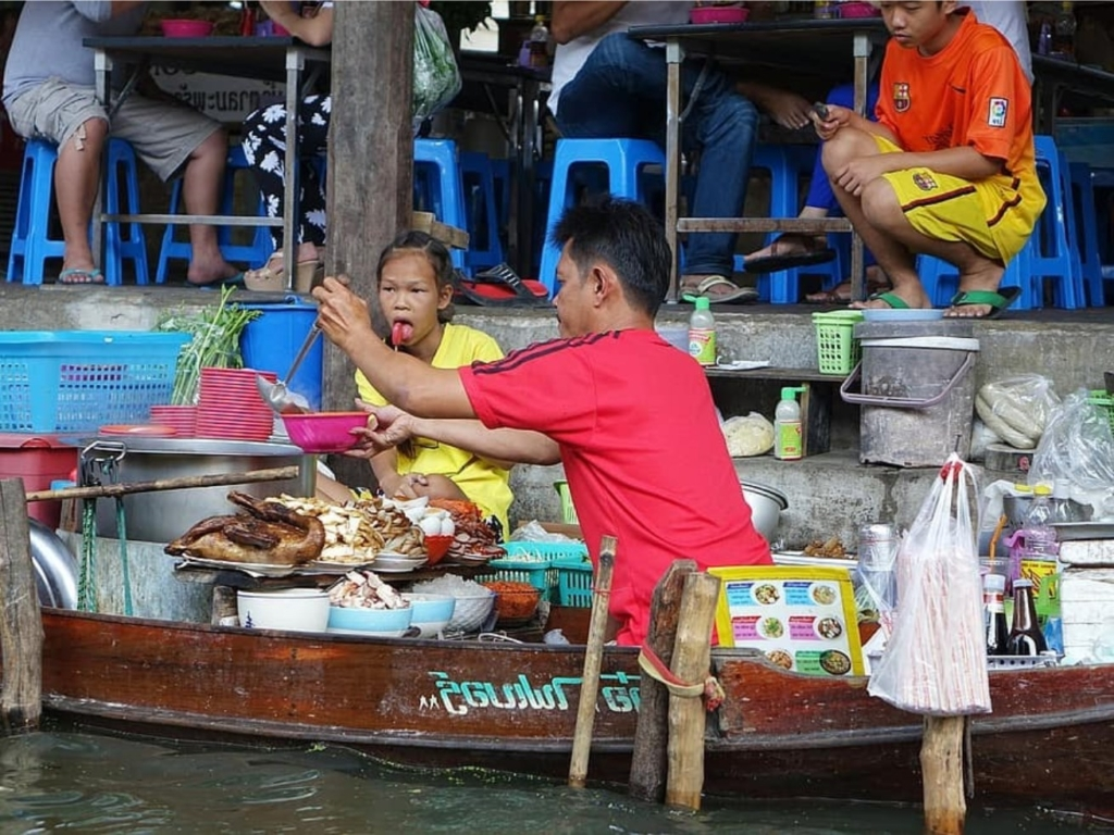central Thailand floating market culture
